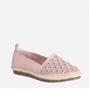 New CLOUDWALKERS Taylor Perforated Espadrille 9W